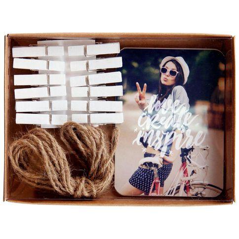 Banter Photo Hanging Set
