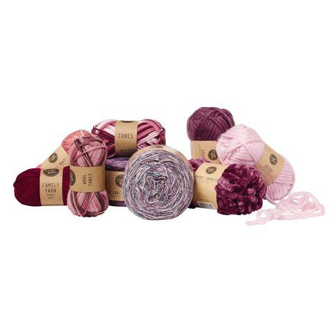 Uniti Yarn Family Double Knit Burgundy 50g