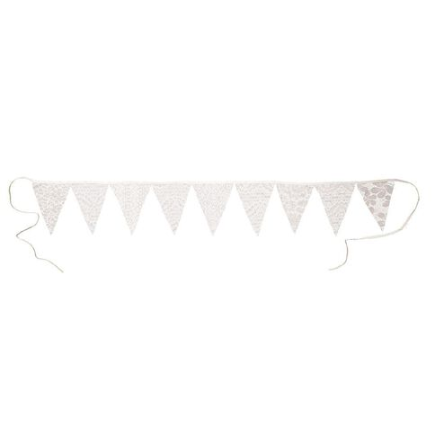 Party Inc Lace Bunting Polyester 9 Flags