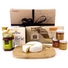Flying Flowers Cheese and Honey Lover Gift Hamper
