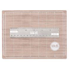 We R Memory Keepers Basic Hand Tools Mini Magnetic Mat 7in x 5in
