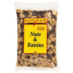 Value Pack Nuts And Raisins 400g