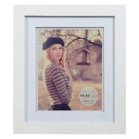 Living 11 x 13 Photo Frame White