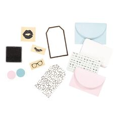 Uniti Glam Gift Kit 49 Piece